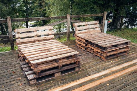 Selbstgebaute Liege Aus Palettenholzliege Aus Palleten by Liege Aus Paletten Palettenm Bel Selber Bauen Liege