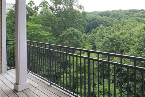 One Bedroom Apartments In Alexandria Va by One Bedroom Apartments In Alexandria Va Hallow Keep Arts