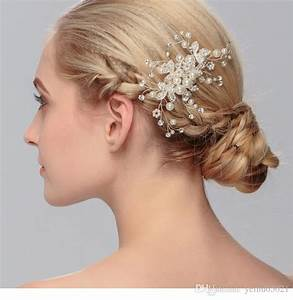 Fancy Wedding Bridal Hair Comb Jewelry Flower Crystal