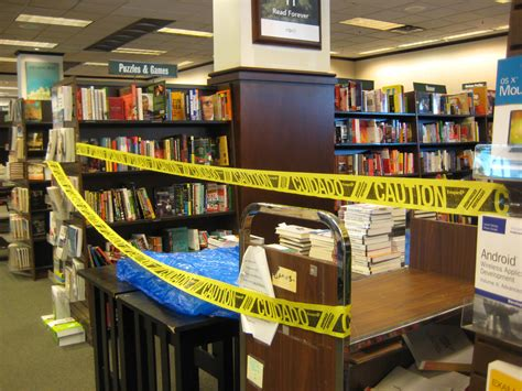 barnes and nobles me barnes and noble nook sales decline by 25 7