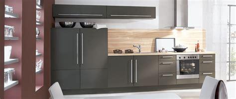 cuisines compactes idee cuisine equipee maison design bahbe com