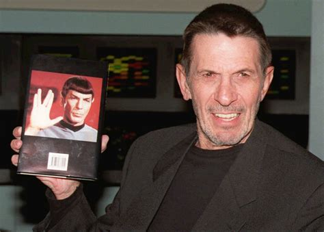 leonard nimoy autobiography photos a long and prosperous life leonard nimoy mr