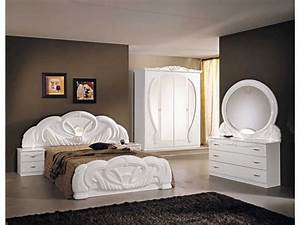 Italian white high gloss bedroom furniture set homegenies for Italian high gloss furniture