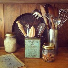 kitchen utensils storage containers antique vintage advertising top spoon dairy milk 6376