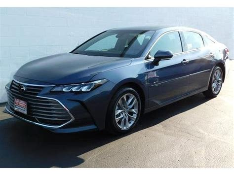 Toyota Of Wooster by 2019 Toyota Avalon Xle Toyota Dealer Serving Wooster Oh