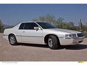 White Diamond 2001 Cadillac Eldorado Esc Exterior Photo