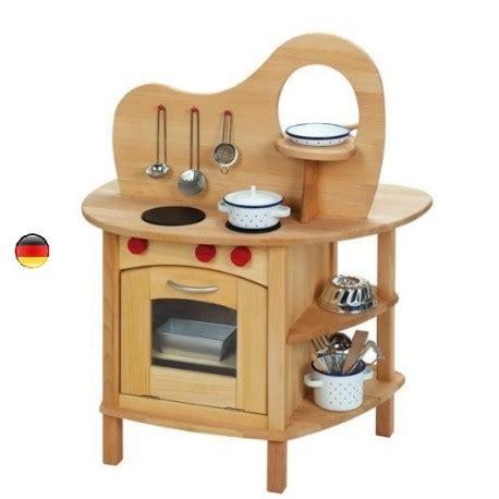 jouet cuisine bois cuisine avec four evier un jouet en bois massif