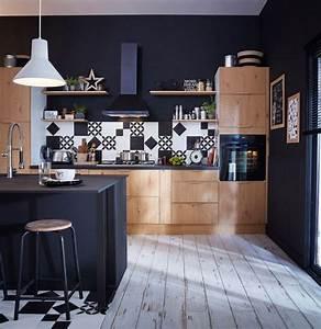 Idee deco osez le noir sur un meuble un plafond un sol for Idee deco cuisine avec cuisine bois et noir