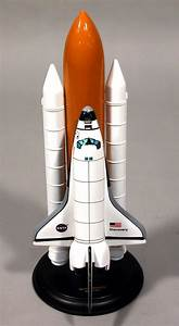 Model, Space Shuttle, Discovery, 1:200 | National Air and ...