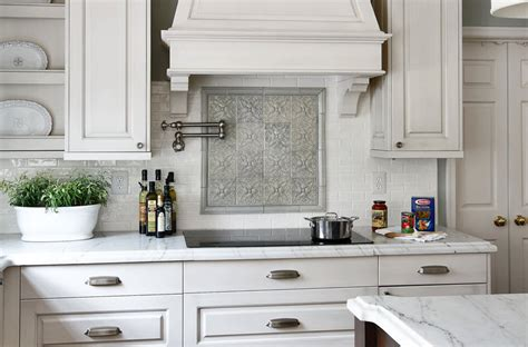 kitchen backsplash ideas  white cabinets