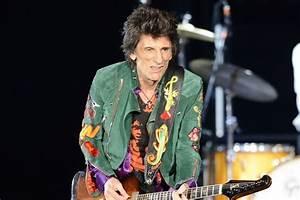 Rolling Stones legend Ronnie Wood makes triumphant return ...