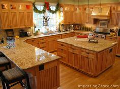 what of kitchen cabinets are in style best kitchen paint colors with maple cabinets photo 21 2236