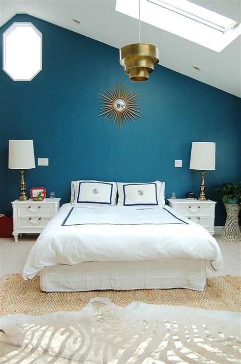 chambre bleu blanc déco chambre bleu calmante et relaxante en 47 idées design