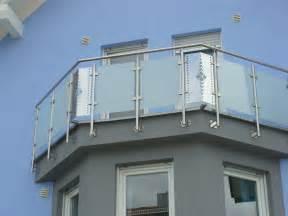 balkon aus edelstahl hochwertige baustoffe balkonverkleidung edelstahl