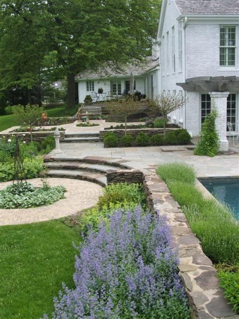 wonderful rustic landscape ideas  turn  backyard