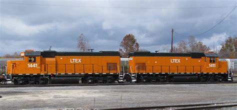locomotive leasing companies