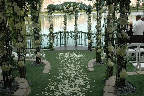 special heritage garden admiring ceremony package up to