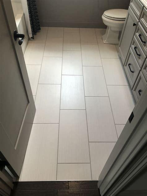 fabrique  blanc linen foor tile bathroom