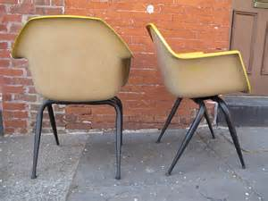 Herman Miller Bucket Chair by Mid Century Modern Molded Fiberglass Chairs At 1stdibs