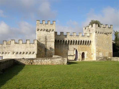 plan 3 chambres château de la tranchade garat charente 16 location