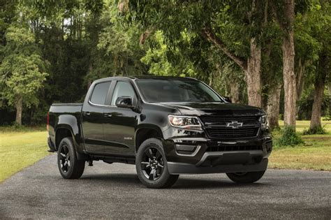 2018 Chevrolet Colorado Midnight Edition Is One Black