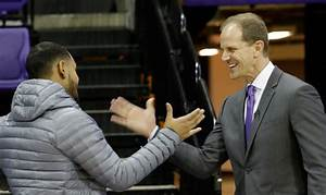 New Huskies coach Mike Hopkins on meeting with Michael ...