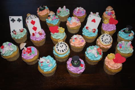 Maybe you would like to learn more about one of these? Alice In Wonderland Cupcakes These Were Banana Cake With ...