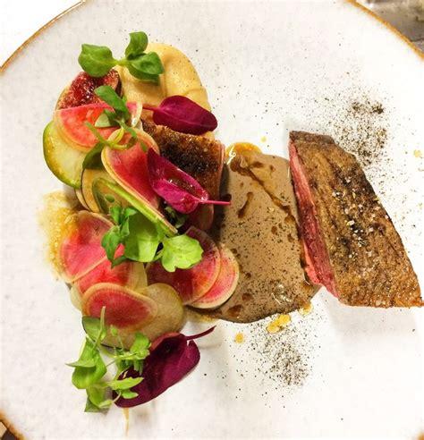 haute cuisine canard challandait de chez madame burgaud accompagné de navet boule d 39 or figue et radis coloré