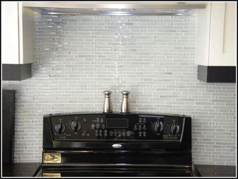 White Glass Backsplash Tile Home Design Ideas