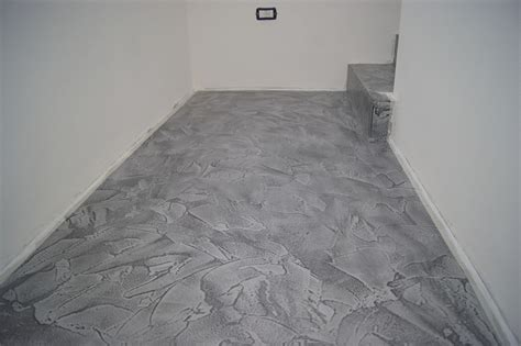 costo resine per pavimenti pavimenti in resina prezzi pavimento continuo senza fughe