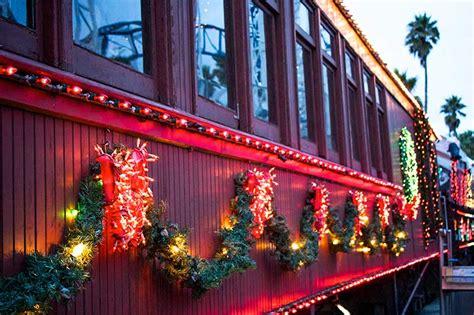 santa cruz beach boardwalk holiday train rides