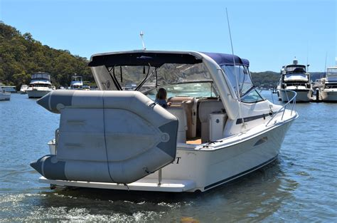 Riviera Express Boats by Riviera 3000 Offshore Express Cruiser Sydney Boat Brokers