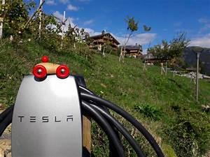 Borne De Recharge Tesla : borne de recharge pour voitures lectrique ~ Melissatoandfro.com Idées de Décoration