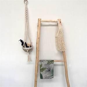 Echelle Bois Deco : chelle d corative en bois chez les voisins ~ Teatrodelosmanantiales.com Idées de Décoration