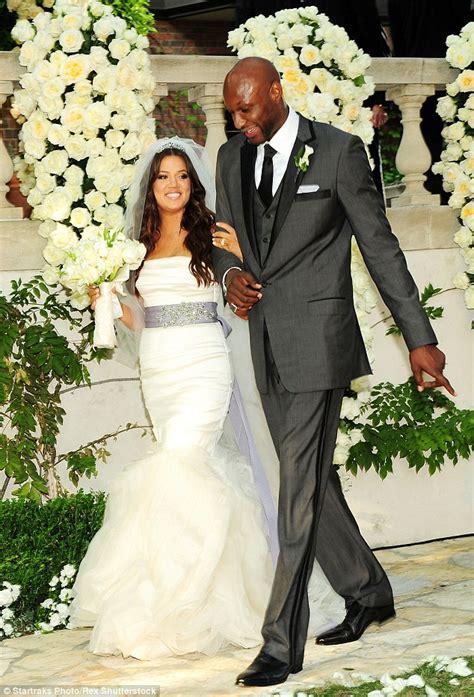 Rob Kardashian 'at Lamar Odom's bedside as NBA star is ...