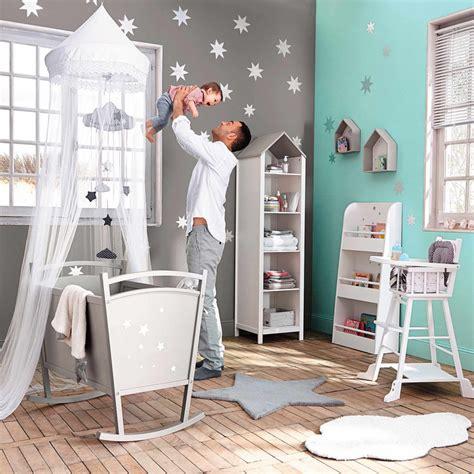 thème décoration chambre bébé chambre bebe deco nuage paihhi com