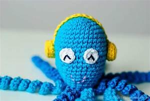 Octopus, For, A, Preemie, In, Poland, O, U015bmiorniczka, Dla, Wcze, U015bniaka, W, Polsce