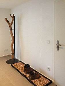 Möbel Aus Baumstämmen : ast garderobe an einer stahlhalterung garderoben aus baumst mmen pinterest ast garderoben ~ Frokenaadalensverden.com Haus und Dekorationen