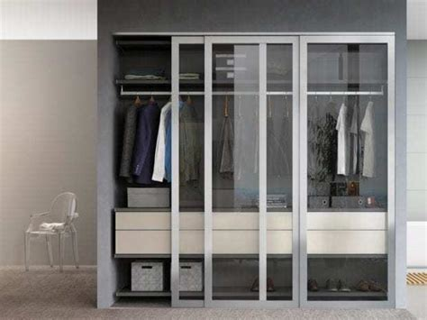 Closets With Doors by Reach In Closets Designs Ideas By California Closets