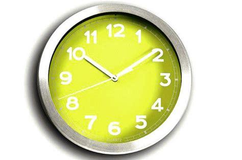 horloge murale verte  metal chrome peps horloges