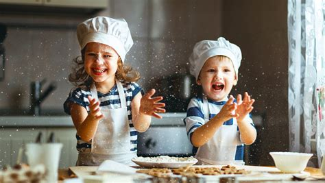 10 Things Kids Can Do In The Kitchen