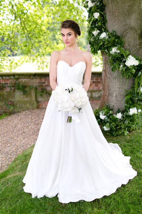 A Line Strapless Simple Wedding Dress With Sweetheart. Vintage Wedding Dresses Twin Cities. Designer Wedding Dresses Uk 2016. Black Wedding Dresses Buzzfeed. Yellow Ball Gown Wedding Dresses. Bohemian Wedding Dress Backless. Wedding Navy Dresses Black Tux. Strapless Wedding Dress Ideas. Pnina Tornai Wedding Gowns Uk