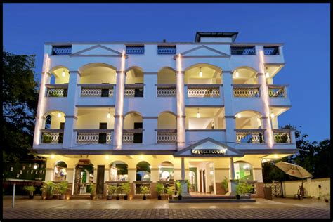 la gulls court resort booking  goa hotels