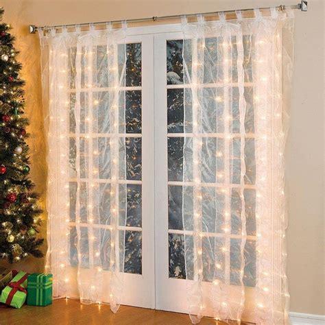 Weihnachtsdekoration Aussen Beleuchtet by Weihnachtsdeko Fenster Led Vorhang Eiszapfen Lichterkette
