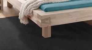 Bett Erhöhen Füße : akazienbett aus massivholz in komforth he kalabria ~ Buech-reservation.com Haus und Dekorationen