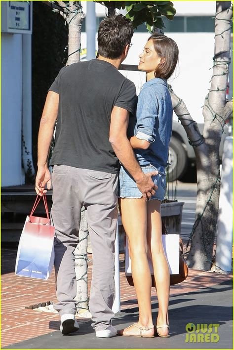 john stamos girlfriend caitlin mchugh pack   pda
