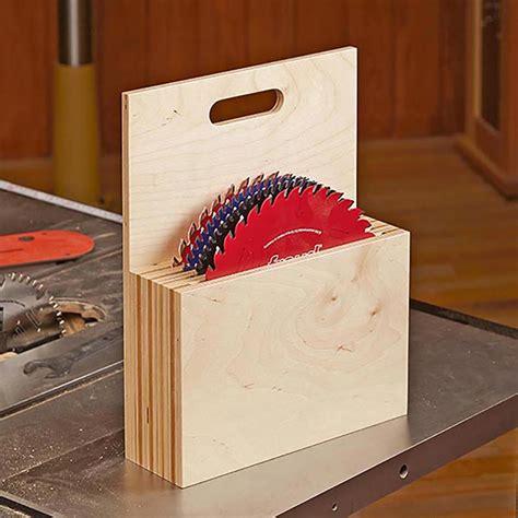 blade caddy woodworking plan  wood magazine