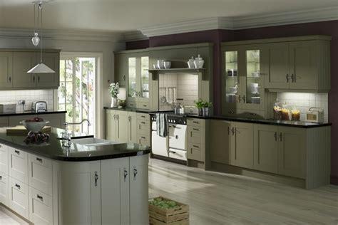 kitchen olive green оливковая кухня фото примеры дизайна интерьеров 2347