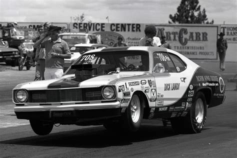 25 Photos To Remind You Of The Glory Days Of Drag Racing