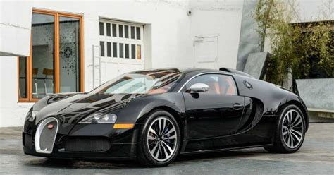 It does, however bear a striking resemblance to the bugatti veyron which uses the same type of w16 engine. Drake's Old Bugatti Veyron Is Now For Sale For $1,700,000 ...
